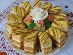 Rozi Erdélyi konyhája: Karamelles- diós szelet Poppy Cake, Hungarian Recipes, Hungarian Food, Oreo Dessert, Waffles, Cake Recipes, Food And Drink, Favorite Recipes, Cheese
