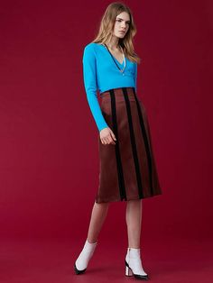 High Waisted Fitted Pencil Skirt