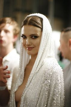 Atelier Versace spring 2014 couture backstage Lindsey Wixson