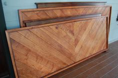 Art deco bed`~ maybe with old wood boards instead of new?