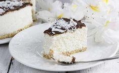 Pyszny sernik na zimno Bounty. Bardzo prosty i uniwersalny przepis na kokosowy sernik na zimno z mascarpone i białą czekoladą. To mój najlepszy i pyszny sernik z mlekiem kokosowym, który szykuję dla dzieci. Nutella, Cupcake Cakes, Cupcakes, Food Goals, Pavlova, Vanilla Cake, Ale, Recipies, Cheesecake