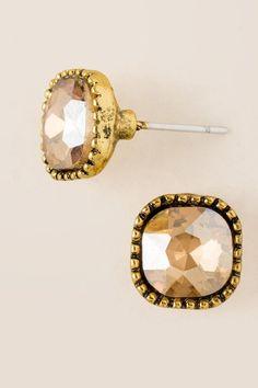 Ashlynn Glass Ball Stud Earring