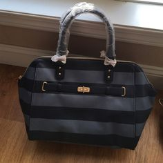 Tommy Hilfiger Satchel Bag Super cute! Roomy bag! Never used! Brand new! Dimensions - 11.5 inches high and 12 inches wide!! Tommy Hilfiger Bags Satchels
