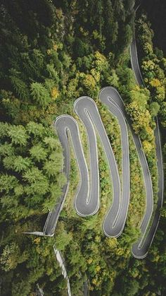 Spaghetti laid asphalt – Jacking Stuff – Join the world of pin Beautiful Roads, Beautiful Places, Aerial Photography, Travel Photography, Dangerous Roads, Highway Road, Winding Road, Travel Tours, Road Trippin