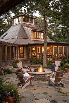 Did you want make backyard looks awesome with patio? e can use the patio to relax with family other than in the family room. Here we present 40 cool Patio Backyard ideas for you. Hope you inspiring & enjoy it . Fire Pit Backyard, Backyard Patio, Backyard Ideas, Patio Ideas, Backyard Landscaping, Garden Ideas, Landscaping Ideas, Backyard Retreat, Beach Patio