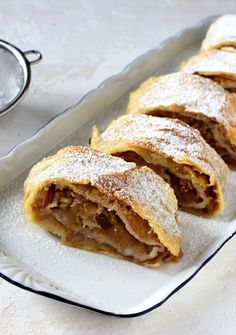 Apple Pie, Sandwiches, Zdravo, Ethnic Recipes, Food, Fine Dining, Apple Cobbler, Eten, Paninis