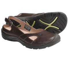 37f08d92c79b Keen Paradise Shoes - Leather, Slip-Ons (For Women) in Chocolate Chip