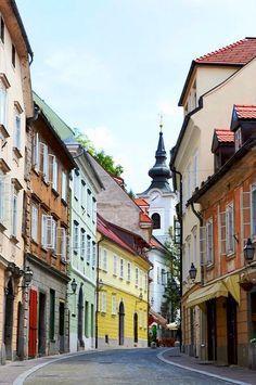 Ljubljana, Slovenia | Your holidays in Slovenia! Contact us on Skype: e-growman or e-mail us: jiznelub@gmail.com