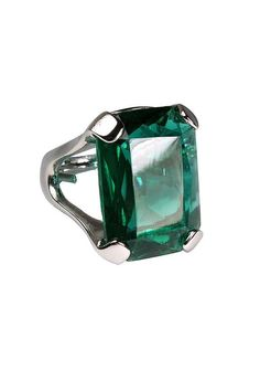 http://rubies.work/0304-sapphire-ring/ Green with Envy Emerald Ring