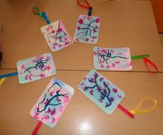 INFANTIL de GRACIA: ABANICOS CHINOS Y EL CEREZO EN FLOR. China For Kids, Art For Kids, Chinese Moon Festival, Chinese Crafts, Ideas Para Fiestas, Chinese New Year, Art Lessons, Asia, Arts And Crafts