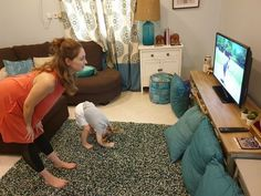 """Fit2B member and her toddler working out at home with our """"5-Minute Yoga In A Field In A Dress"""" routine - fit2b.com 5 Minute Yoga, Diastasis Recti Exercises, Free Move, Family Fitness, Anytime Fitness, Fitness Tips, Workouts, Routine, Studio"""