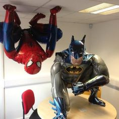 Fascinate your customers with these huge Batman Airwalkers. Available to buy at great prices from Signature Balloons. Batman Birthday, Avengers Birthday, Boy Birthday, Superhero Theme Party, Batman Party, Superhero Halloween, Party Themes, 5th Birthday Party Ideas, Childrens Party