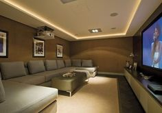 Comfortable small home theatre ideas with modern interior furniture and also other simple touch to give