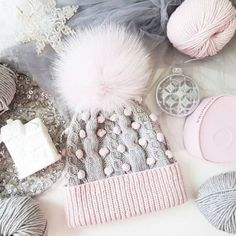 Pom pom beanies and furry balls – Just Trendy Girls Baby Hats Knitting, Knitting For Kids, Knitting Projects, Knitted Hats, Knitting Patterns, Trendy Accessories, Crochet Yarn, Winter Hats, Beanie Babies