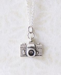 Question about photographing sterling silver jewelry?