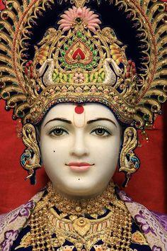 Paramchaintanya Men — swaminarayan on Pinterest   Temples, Kenya and...