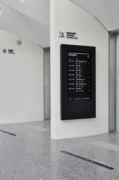 Signage-and-environmental-graphics-for-the-Ciudad-de-las-Artes-y-las-Ciencias-Valencia-by-BOSCO-yatzer-12.jpg 714×1.075 pixels