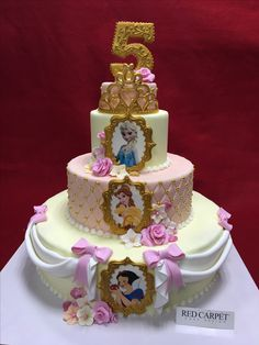Princesses Cake by RedCarpetCakeDesign www. Girls Birthday Party Themes, 4th Birthday Parties, Girl Birthday, Birthday Cake, Disney Princess Birthday, Princess Theme, Princess Cakes, Fancy Cakes, Creative Cakes