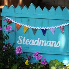 DIY Picket Fence Garden Sign {Personalized}
