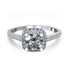 I wouldn't mind having this sparkly little number on my finger forever :)