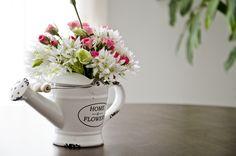 Flower arrangement Prunier Flower Artistry