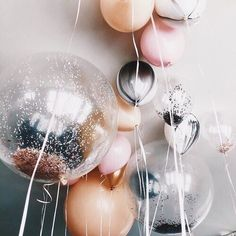 Awesome balloon decor for your ceiling. Love the various sizes and soft colors.