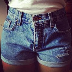 I need to do this!  DIY: converted a pair of vintage high waist jeans into marvelous shorts <3