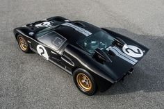 Emulate Bruce McLaren with Shelby's latest continuation Ford Ford Gt40 1966, Bruce Mclaren, Car Man Cave, Cars Characters, Custom Muscle Cars, Custom Cars, Automobile, Honda Cb750, Old Race Cars