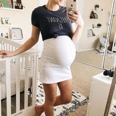 Binkish offers varieties of cheap maternity clothes and fashion women clothing. Come to this amazing fashion online store to get trendy maternity dresses, tops, swimwear, women maxi dresses, etc. Casual Maternity Outfits, Stylish Maternity, Maternity Wear, Maternity Fashion, Trendy Maternity Clothes, Maternity Spring Dresses, Maternity Styles, Pregnancy Fashion, Maternity Clothing