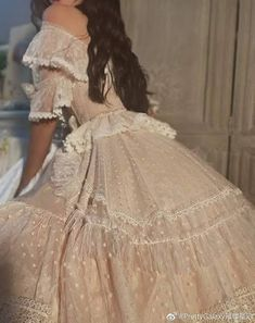 Ball Dresses, Women's Dresses, Vintage Dresses, Ball Gowns, Wedding Dresses, 1800s Dresses, Vintage Hats, Retro Vintage, Fashion Dresses