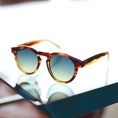 amazing round shape sunglasses you can found it online