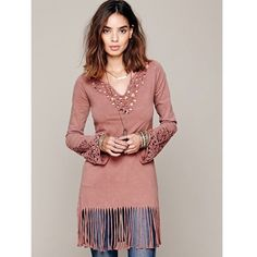 "❤️EUC/Free People/Fancy Fringe Tunic/I never wore ❤RED HEART's Sale/️EUC/Size XS $108.00 Washed cotton tunic w fringe trimming all along bottom hem/embroidered cut out detailing on cuffs,neckline/upper back. Raw edge hem at sleeve cuffs. Shallow ""V"" neckline/Color:Dusty Rose/Pinkish Taupe/Washed once due to storage. EUC. *95% Cotton, 5% Lycra *Machine Wash Cold Measurements for XS: Length (including fringe): 34"" Bust (all around): 32"" Waist (all around): 30"" Sleeve Length: 26"" Purchased from…"