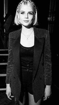 Lucy Boynton, Style Inspiration, Blazer, Drawing, Girls, Jackets, Women, Fashion, Down Jackets