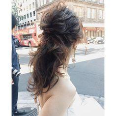 Pin by G C on bride hair Bride Hairstyles, Cute Hairstyles, Updo Styles, Long Hair Styles, Hair Arrange, Bridal Hair, Hair Wedding, Hawaii, Wedding Guest Book