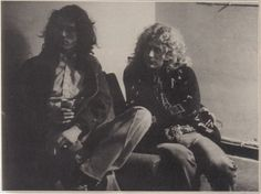 January 1977* Manticore Studios, Fulham, London. (Pht: Pennie Smith)