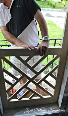 """A nice screen door really adds to curb appeal. This """"Chippendale"""" wood screen door tutorial can help you build your own for a fraction of the cost of new! Popular Woodworking, Woodworking Jigs, Woodworking Furniture, Woodworking Projects, Woodworking Classes, Youtube Woodworking, Intarsia Woodworking, Woodworking Techniques, Carpentry"""