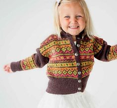 Ravelry: 31901 Cardigan pattern by Olaug Kleppe & Dale Design. 3 months to 3 years Cardigan Pattern, Baby Cardigan, Knitting For Kids, Baby Knitting Patterns, Crochet Baby, Knit Crochet, Fair Isle Knitting, Baby Wearing, Christmas Sweaters