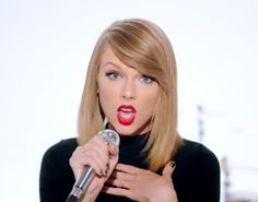 10 Ways to Channel Taylor Swift This Halloween