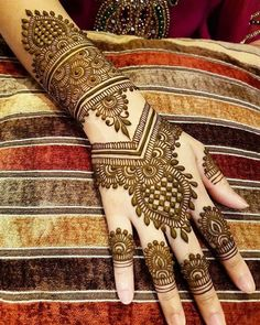 Gorgeous Indian mehndi designs for hands this wedding season - TAttoos/Hena - Henna Designs Hand Henna Hand Designs, Basic Mehndi Designs, Mehndi Designs Finger, Latest Bridal Mehndi Designs, Mehndi Designs For Girls, Stylish Mehndi Designs, Mehndi Designs For Beginners, Mehndi Design Photos, Wedding Mehndi Designs