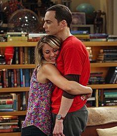 Penny (Kaley Cuoco) and Sheldon (Jim Parsons) ~ The Big Bang Theory ~ Episode Scenes ~ Season Episode 1 - The Hofstadter Insufficiency Bigbang, Tbbt, John Ross Bowie, Penny And Sheldon, The Big Theory, Big Bang Theory Series, Big Bang Theory Penny, Leonard Hofstadter, Fall Tv