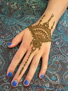 Kashee's Mehndi Designs, Pretty Henna Designs, Indian Henna Designs, Back Hand Mehndi Designs, Latest Mehndi Designs, Henna Tattoo Designs Simple, Finger Henna Designs, Mehndi Designs For Beginners, Mehndi Designs For Fingers
