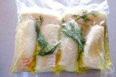 Sous Vide Cod Loins in White Wine Dill Sauce Cod loins cooked to perfection. Sauce Recipes, Seafood Recipes, Wine Recipes, Great Recipes, Favorite Recipes, Potato Dishes, Fish Dishes, Sous Vide Shrimp Recipe, Cod Loin Recipes