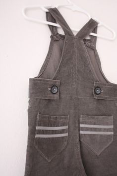 overalls tutorial If you give a mouse a cookie overalls