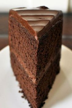 How to make Wet Chocolate Cake, Easy Recipe for Children - Homemade Chocolate Cake Recipe with Nutella: Ingredients and Secrets - Homemade Chocolate, Chocolate Recipes, Chocolate Cake, Bowl Cake, Raspberry Smoothie, Salty Cake, Savoury Cake, Food Cakes, Mini Cakes