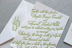 pretty script font (belluccia)