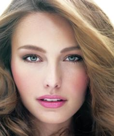 Close-up portrait of brunette model with pink lipstick and cheeks - Landscape | A pretty pink lip in just three steps.