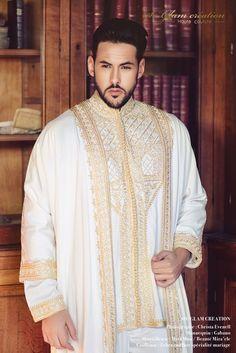 location Jabador Wedding Dresses Men Indian, Wedding Dress Men, Wedding Men, Traditional Fashion, Traditional Outfits, Traditional Weddings, Muslim Men Clothing, Kaftan Men, Morocco Fashion