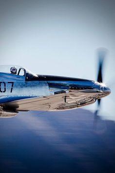 It's a Man's World - Warbirds - Vehículos Image Avion, Photo Avion, P51 Mustang, Its A Mans World, Fighter Aircraft, Aviation Art, Military Aircraft, Cool Photos, Journey