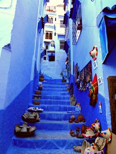 Make everything blue and it feels like a dreamworld  Seen in Chefchaouen (Marocco)