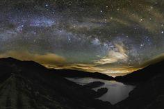 Astrophotographer Miguel Claro captures Spectacular Milky Way Vista from the Azores